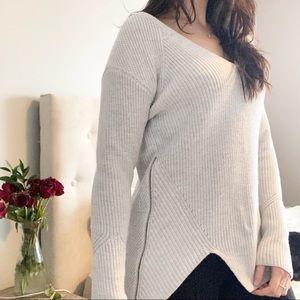 Cabi V Neck Sweater with Zipper